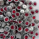"""Брошь красная, основа """"серебро"""", 9мм"""