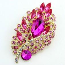 Брошь металл под золото, ярко-розовые кристаллы (9,5*5,3)