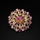 Брошь металл под золото, розовые кристаллы (3,4*3,4)
