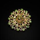 Брошь металл под золото, зелёные кристаллы (3,4*3,4)