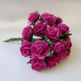 Роза открытая, ярко роз. - 15мм (10шт.)