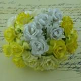 Дикая роза, тон бело-кремовый - 30мм (50шт.)
