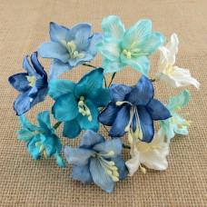 Лилия, бело-синии тона - 30мм (50шт.)