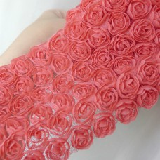 Лента с шифоновыми розами красная 8см