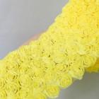 Лента с шифоновыми розами жёлтая 8см
