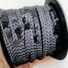 Пайетки на нитке чёрные 6мм
