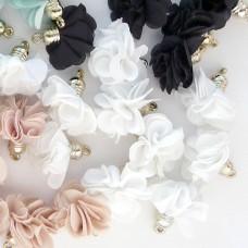 Кисточка цветок белый 28мм