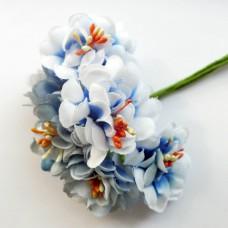 Тканевые цветочки голубые